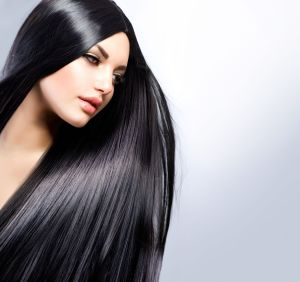 Scopri come proteggere i tuoi capelli dalla stagione più temuta, l'autunno.