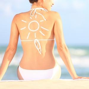 Come preparare la pelle al sole e all'abbronzatura, combattendo i radicali liberi, responsabili di invecchiamento cutaneo con gli antiossidanti